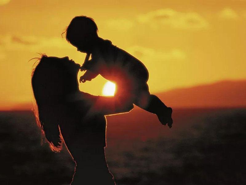 你扶我蹒跚学步,我陪你夕阳漫步!程力集团小编祝所有的妈妈们母亲节快乐
