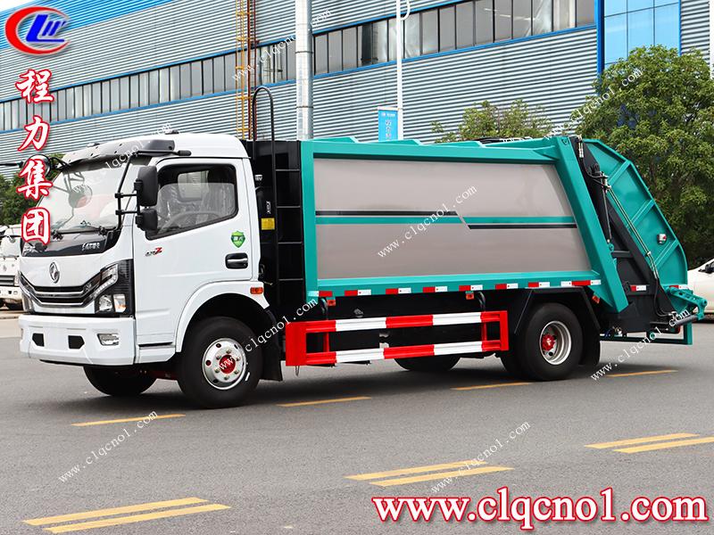 程力集团产品升级——压缩垃圾车上带有显眼的注意事项提示!